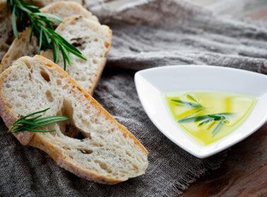 L'olio I Tre Colli, <br> l'offerta speciale per Pasqua<br> di Tenuta Cavalier Pepe